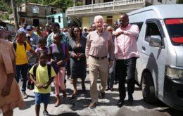 Bill Clinton visits Dominica. Image credit: SkerritR @ Twitter