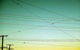 Power lines. Image: dean oakley