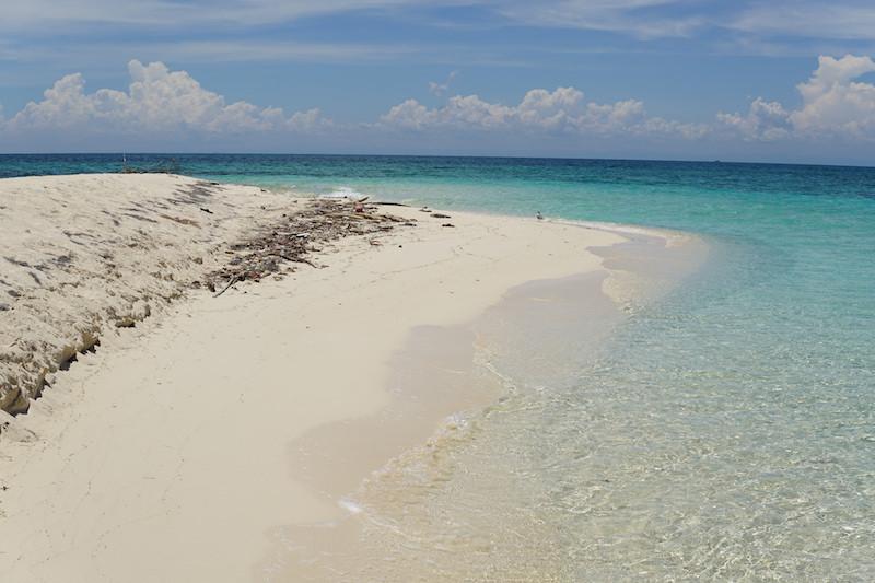 Belize beach. Image: Lucía García González