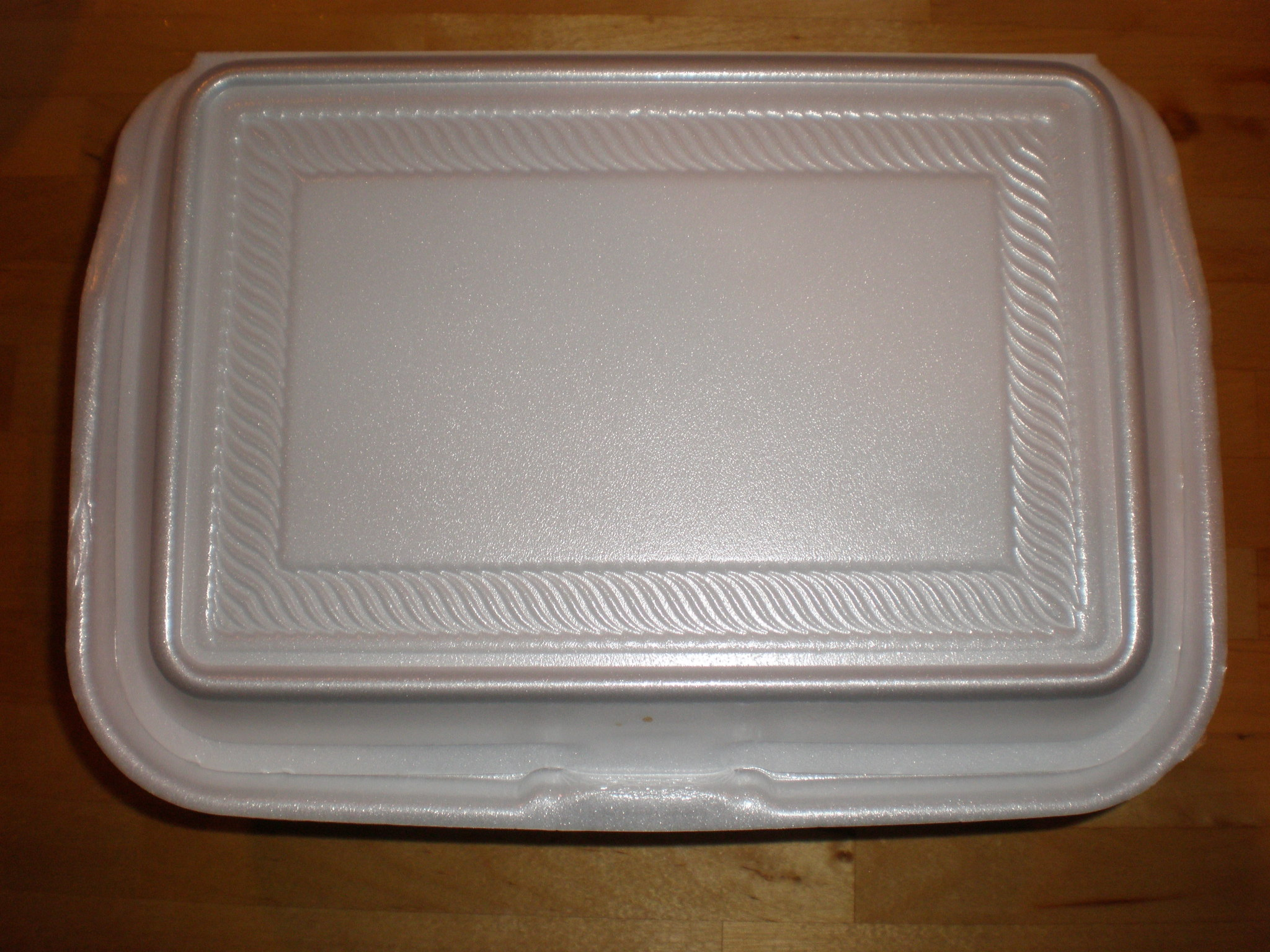 Styrofoam food box. Image: BrokenSphere