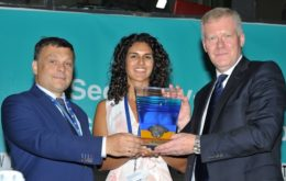 Diva Amon receives ISA award. Image: via International Seabed Authority