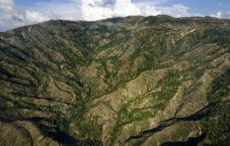 Mountains in Haiti. image: Logan Abassi (UN/MINUSTAH)